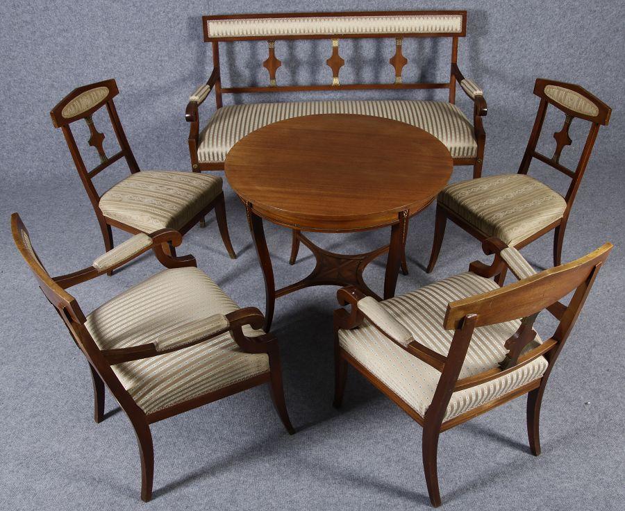Antike Stühle Sofas aus dem Biedermeir Empier und Barock